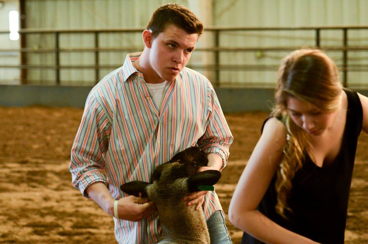 Connors State Judgers Exhibit and Sell Wethers in Sedalia, Missouri